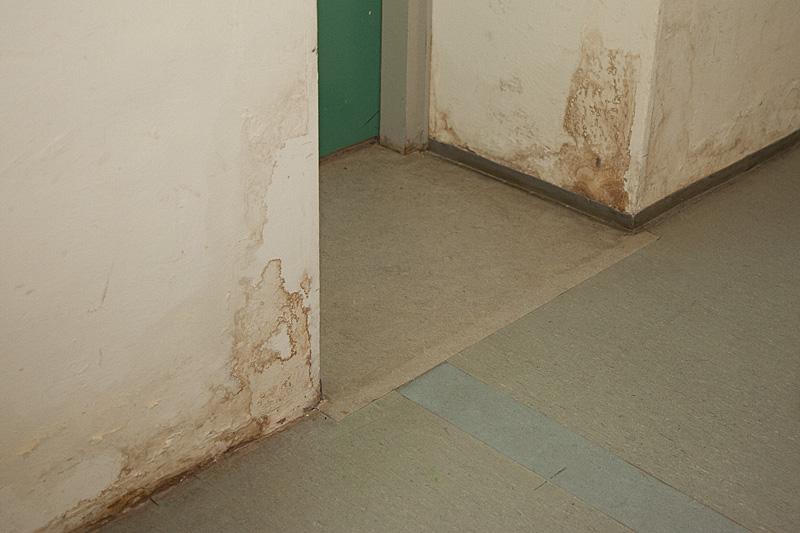 Wasserschaden im Werkraum, Kaulbergschule. Foto: Erich Weiß
