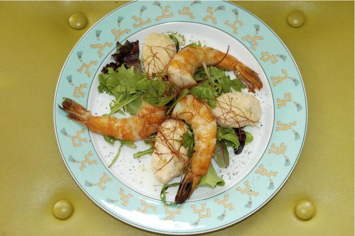 Fischklößchen mit Gambas. Foto: Monika Schau