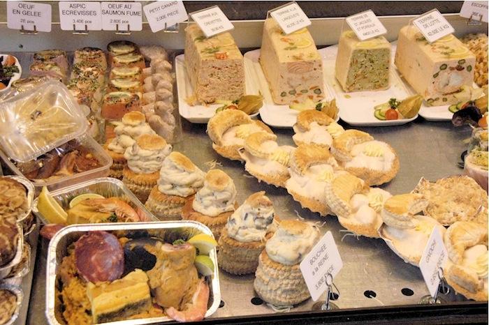 Pastetchen zur Vorspeise (im Wurstladen). Foto: Monika Schau