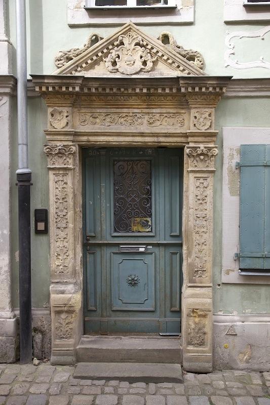 Portal in der Schrottenberggasse 8. Foto: Erich Weiß