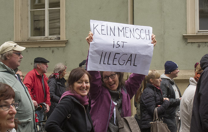 Kein Mensch ist illegal. Foto: Erich Weiß