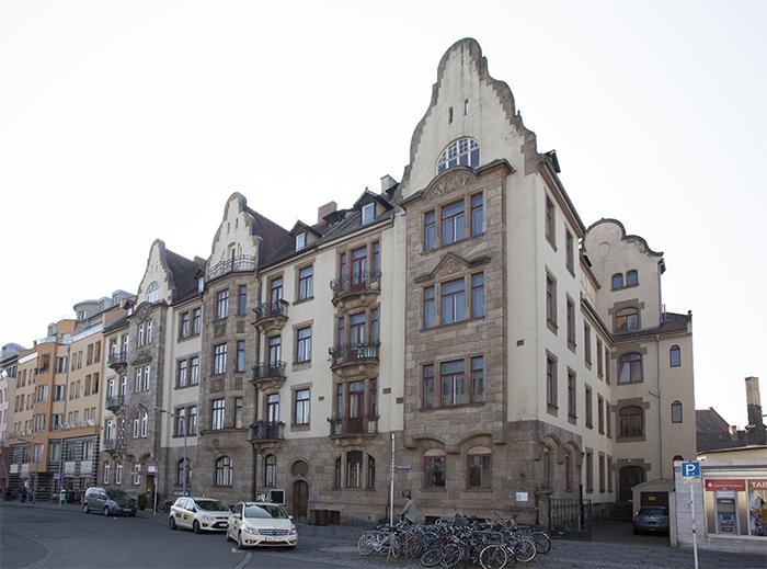Haus der Sparkasse an der Südl. Promenade. Foto: Erich Weiß