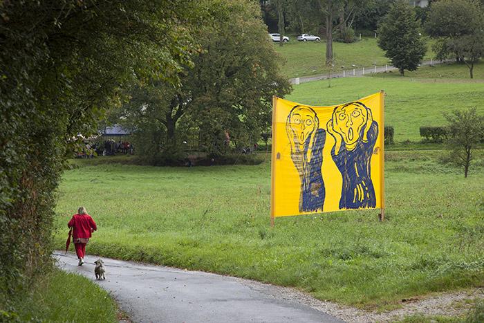 Plakat des Vereins Bewahrt die Bergstadt im Ottobrunnen. Foto: Erich Weiß