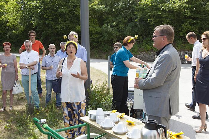 Ilona Munique bei der Begrüßung. Foto: Erich Weiß