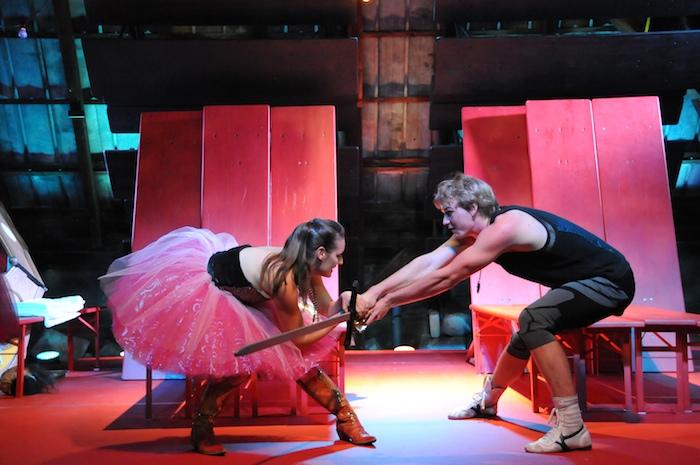 Annette Lauckner als Isolde und Sascha Retzlaff als Tristan. Foto: Regina Fettköther