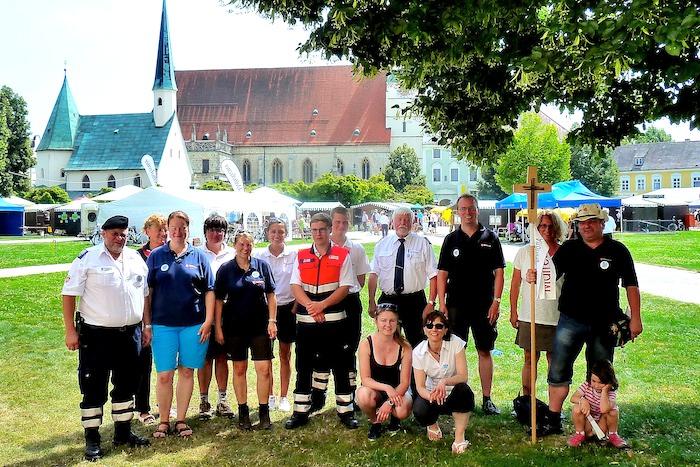 Die Gruppe der Fußwallfahrer am Ziel ihrer Wallfahrt. Foto: Hans-Joachim Wagner