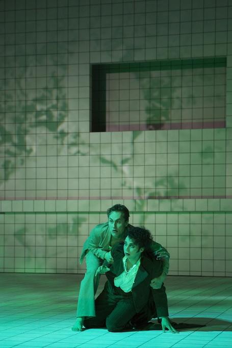 Birger Radde als Wozzeck und Mathias Frey als Andres Foto: SFF Fotodesign Hof
