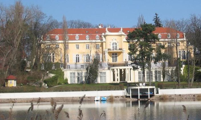 Villa Konschewski. Foto: Lienhard Schulz (CC BY-SA 3.0)