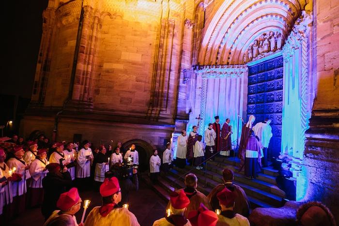 Öffnung der Heiligen Pforte. Foto: Hendrik Steffens / Pressestelle Erzbistum Bamberg