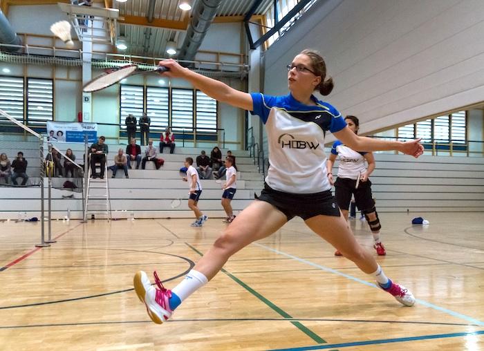 Mia Cammertoni holt im Doppel einen wichtigen Punkt zum Unentschieden gegen den TSV Dresden.