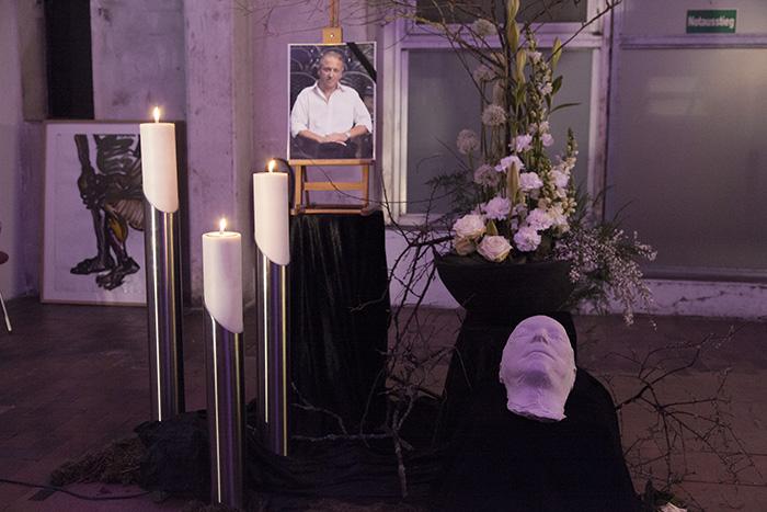 Totenmaske. Foto: Erich Weiß