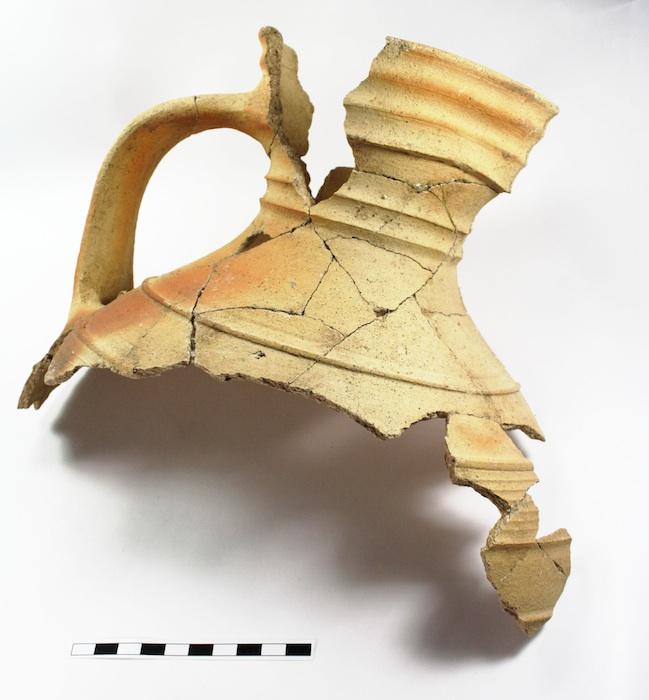 In der Archäologie-Werkstatt steht die fachgerechte Behandlung historischer Fundstücke im Fokus. Foto: Britta Ziegler