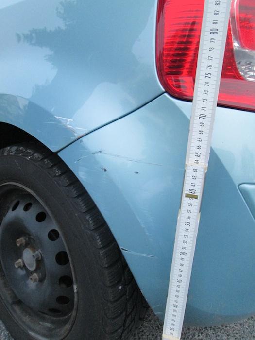 Angefahrener Renault. Foto: Polizei