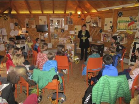 Klassenzimmer in der Bienen-InfoWabe