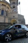 rzbischof Schick im neuen Elektroauto. Foto: Pressestelle Erzbistum Bamberg/Christoph Gahlau