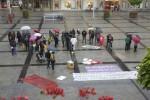 Demo gegen Abschiebung vor dem Rathaus. Foto: Erich Weiß