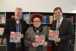 V.l.n.r.: Verleger Michael Genniges, Autorin Tatjana Jakob und Bürgermeister Dr. Christian Lange